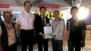 前首相鳩山友紀夫(左三)與謝院長(右二)及師長們合影留念
