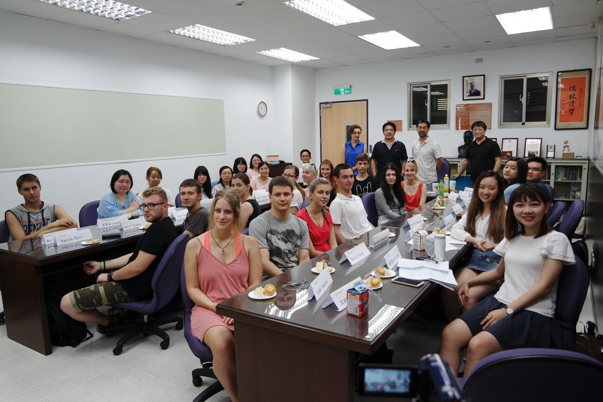 捷克馬薩里克大學師生訪問團來訪活動1